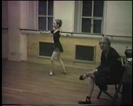 Vera Nemtchinova & Katherine Healy Aurora Variation 1979