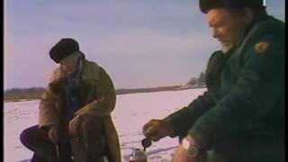 Eduards Pāvuls un Harijs Liepiņš uz ledus