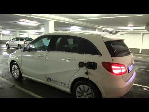 Mercedes B-class Electric Drive charging on 11 kW via Tesla