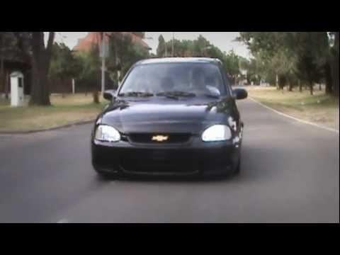 Volkswagen Gol Trend - Chevrolet Corsa    /   Glamour Al Sopi Films