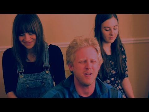 JACK MORRIS (Ft. Gabrielle Aplin & Aoife Moore) - Wake Up In A Takeaway Neon Light // Playedbare