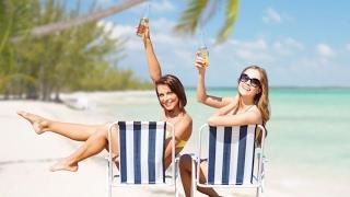 видео Куда поехать без визы на море? Пляжный отдых с минимальными затратами