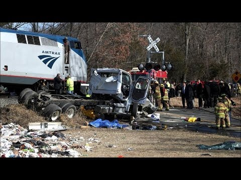Train Carrying GOP Lawmakers To Retreat In West Virginia Hits Garbage Truck   Los Angeles Times