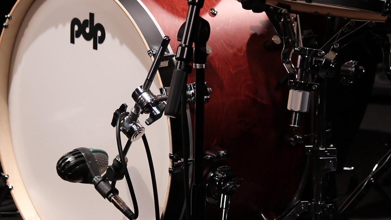 elitch demos the versatile bass drum microphone holder dwsm2141ma youtube. Black Bedroom Furniture Sets. Home Design Ideas
