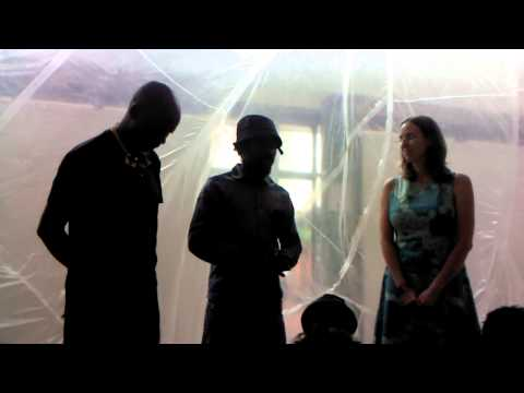 Artists from Zimbabwe and Spain working together to create Public Art 4