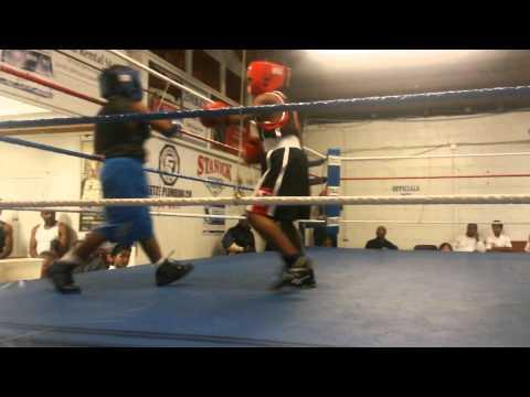 Buff man fight in whiterock