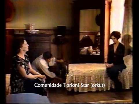 Kananga do Japão 55 - Dora conta para família que está morando no hotel Palace