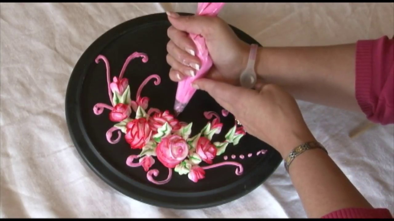 Cake Decorating How To Make Roses : (How To Make) Roses / Cake Decorating - YouTube
