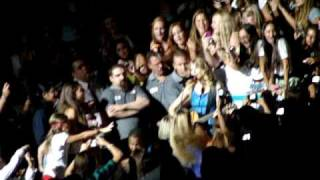 Taylor Swift- Hey Stephen MSG 8/27/09