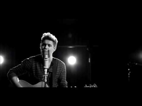 Niall Horan - This Town (Acoustic Version Karaoke) Instrumental