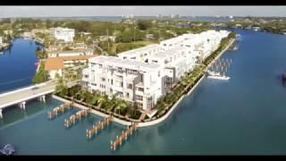 Жить в США - Продаются таунхаусы во Флориде в Miami Beach