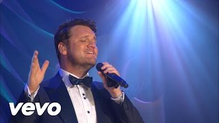 Ave Maria / The Lord's Prayer (Medley)[Live] - David Phelps