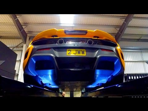 The Most Awesome Tyre Changing Facility! Pirelli Sotto Zero 3 Tires On The McLaren 675LT