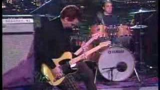 PEARL JAM - SAVE YOU(LIVE ON LETTERMAN)