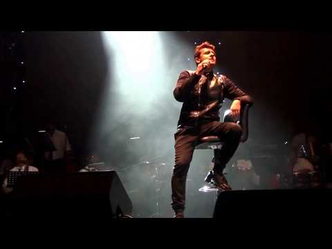 "Sonu Nigam sings ""Ab Mujhe Raat Din"" at The Epic Event, Jan 16 2015 - An Oberoi Middle East Event"