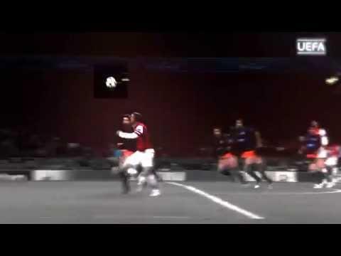 Lukas Podolski Goal   Galatasaray