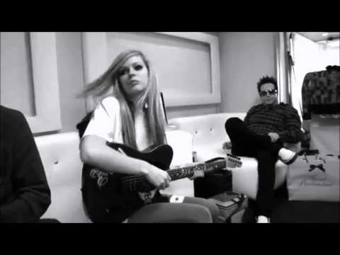 avril lavigne freak out [ official music video ]