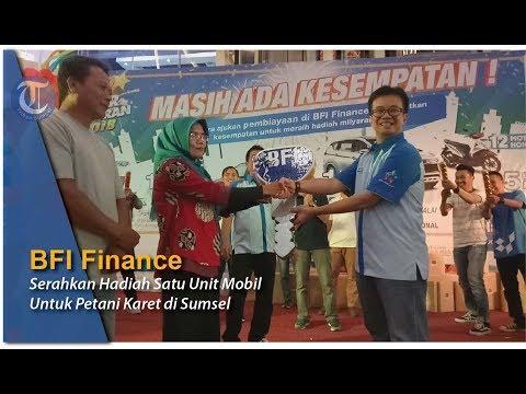 BFI Finance Serahkan Hadiah Satu Unit Mobil untuk Petani Karet di Sumsel