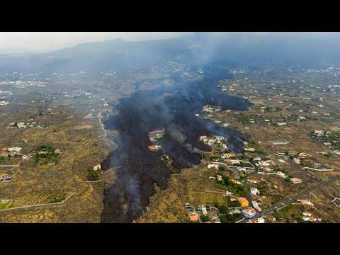 شاهد: حمم بركان كومبري بييخا تقترب من المناطق السكنية في لا بالما…  - نشر قبل 4 ساعة