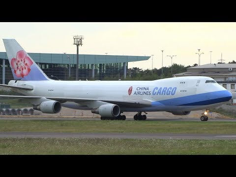 [15+min]-plane-spotting-at-luxembourg-findel-|-the-big-cargo-hub