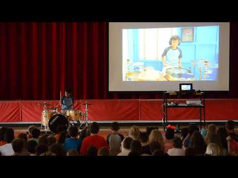School Talent Show - Mightymousedex vs Dexter (Drum Off)