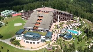 Interalpen Hotel Tyrol overlook pool side