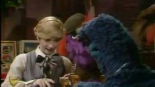 "The Muppet Show: Sandy Duncan ""Nice Girl Like Me"""