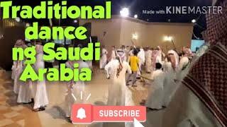Traditional sayaw ng mga Saudi