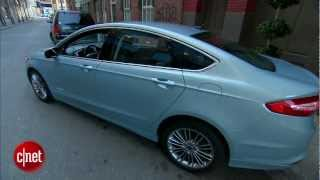 Car Tech - 2013 Ford Fusion Hybrid