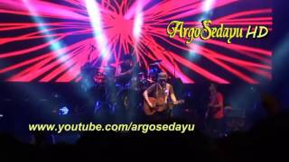 Video Konser Iwan Fals Karanganyar, Langgam Gunung Lawu download MP3, 3GP, MP4, WEBM, AVI, FLV April 2018