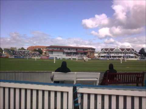 Somerset .v. surrey county cricket 2012 Murali kartik controversy Kevin Pietersen run out