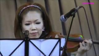 2011年4月3日に東京都世田谷区立桜丘中学校体育館で行われた、東日本大...