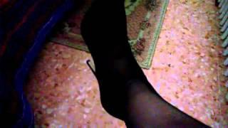 Shoeplay e dangling sex
