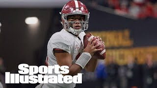 Alabama QB Tua Tagovailoa Injures His Thumb In First Spring Practice | SI Wire | Sports Illustrated