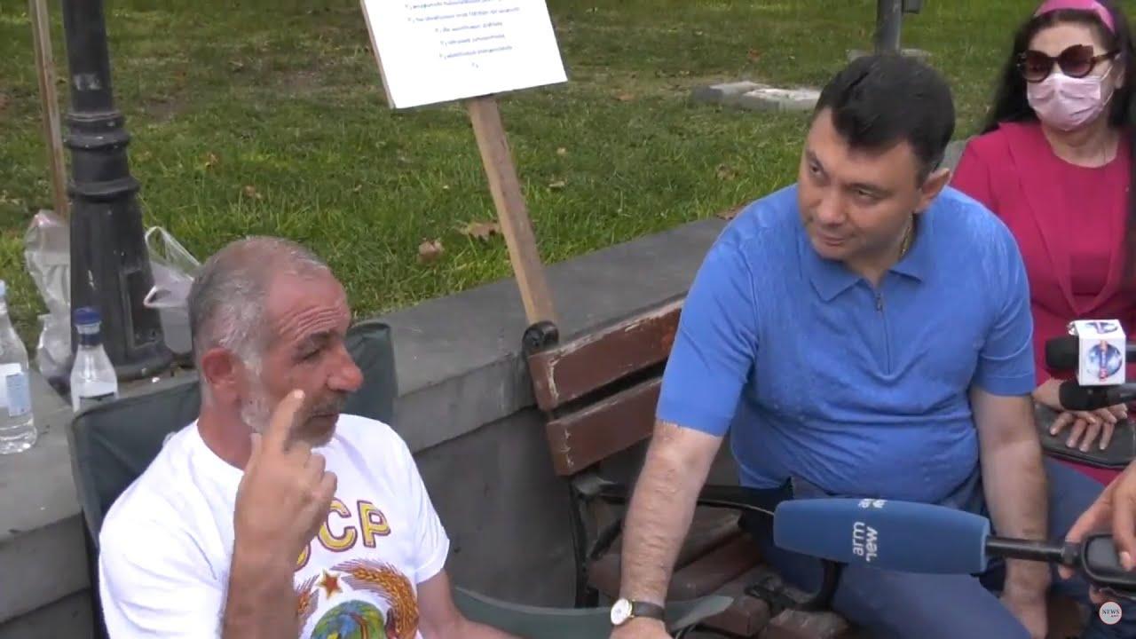 Տեսանյութ.ՀՀԿ-ական  «էլիտան» այցելեց հացադուլ հայտարարած Իսրայել Հակոբկոխյանին
