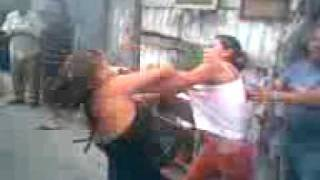 Repeat youtube video Pelea callejera entre mujeres en Cuautepec, Madriza Areli VS La negra
