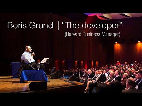 "Boris Grundl, keynote speaker and ""the developer"" (Harvard Business Manager)"