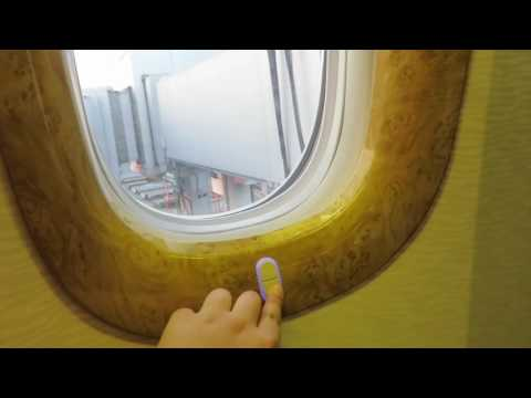 EMIRATES BUSINESS CLASS REVIEW-Boeing 777-200 Manila--Dubai