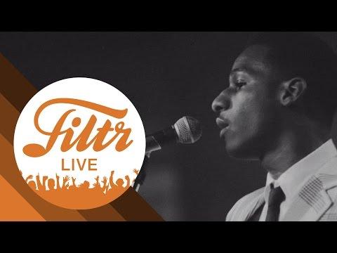 "Leon Bridges ""Mississippi Kisses"" (Filtr Sessions - Live)"