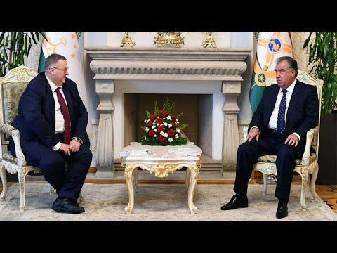 Рахмон и Оверчук обсудили российско-таджикское сотрудничество