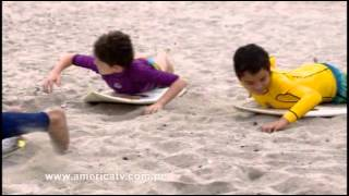 Nicolas se estrena como profesor de Surf