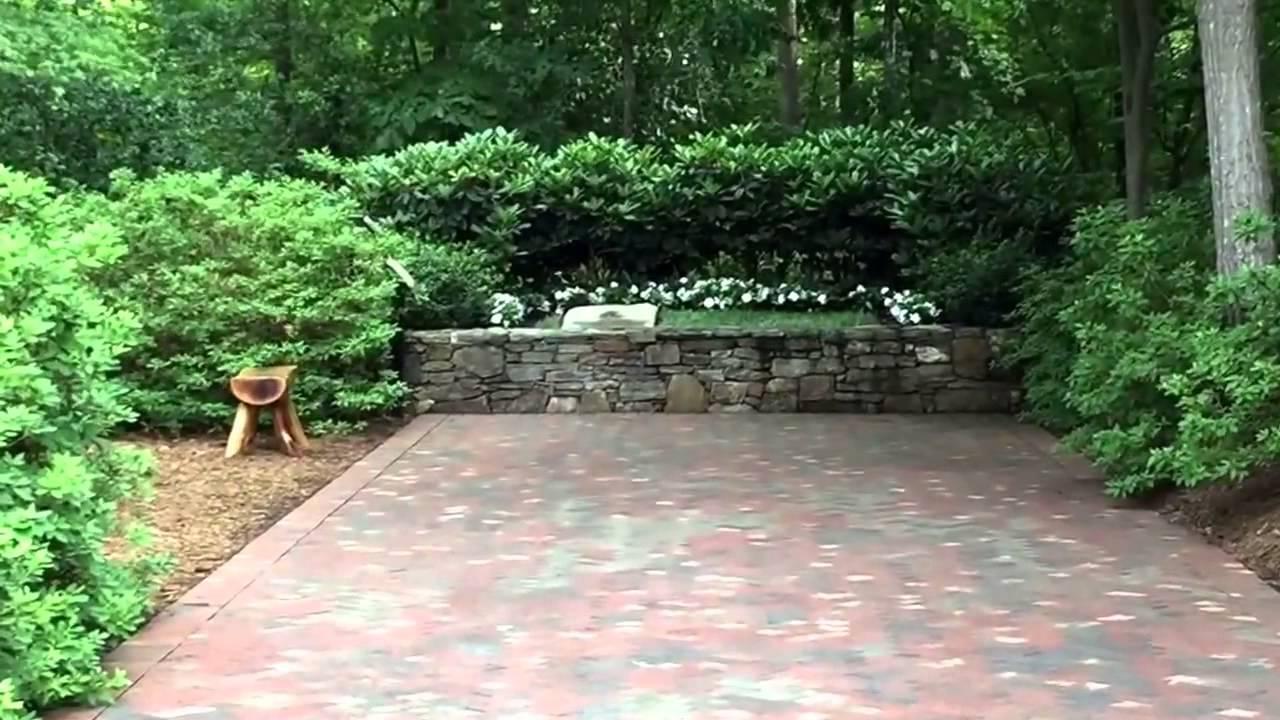 Billy Graham Library Quick Peek: Memorial Prayer Garden - YouTube