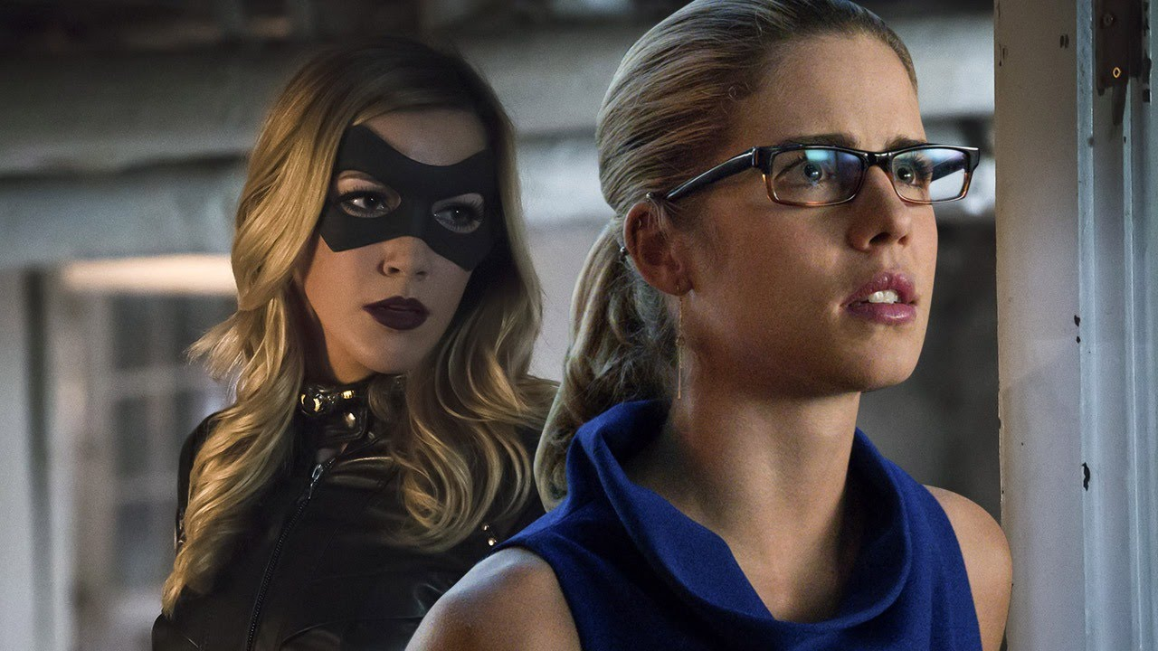 Arrow - Emily Bett Rickards and Katie Cassidy Talk Felicity and Laurel