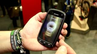 Hands-on: Kyocera solar charging smartphone display