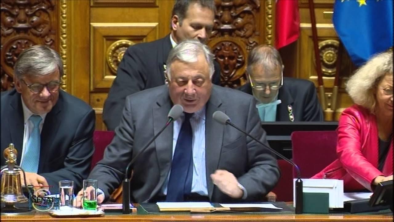 Question d'actualité au ministre de l'Intérieur sur les débordements place de la République