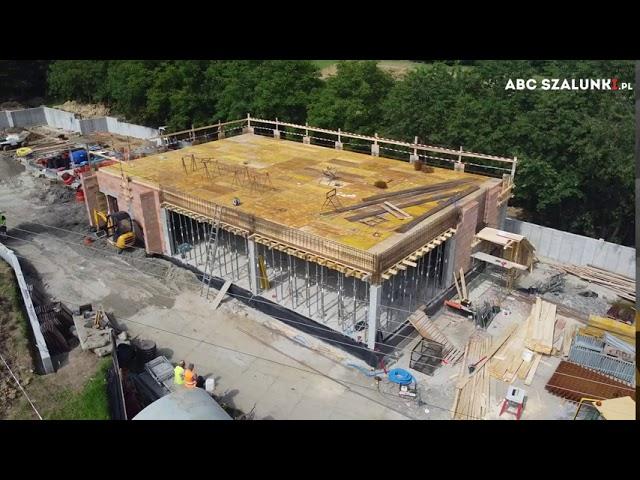 Deskowanie dźwigarowe stropu budynku usługowego w Mogilanach   ABC Szalunki   #budowa #szalunki