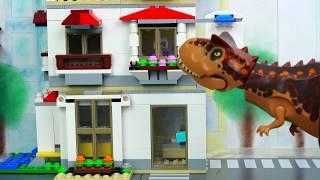 Lego Jurassic World Dinosaur T Rex is Attacking the City