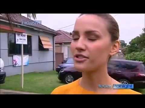 "Miss Australia lives as a Muslim for a Day ""Fair dinkum, dinky die, Aussies"""