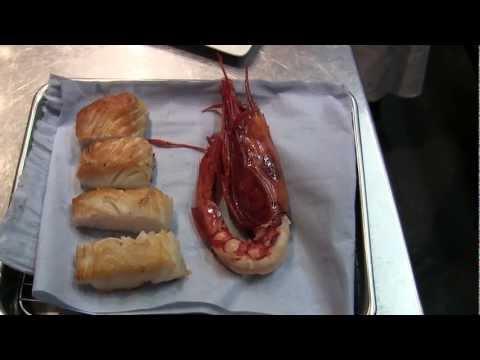 Aquila prepares seafood at Aurora, Macau