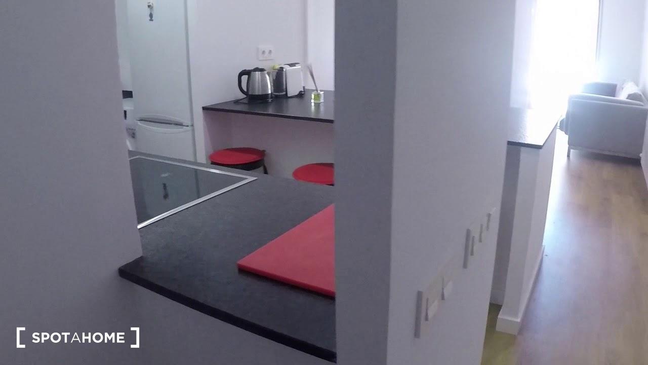 Download Modern 2-bedroom apartment for rent in Esplugues de Llobregat - Spotahome (ref 207726)